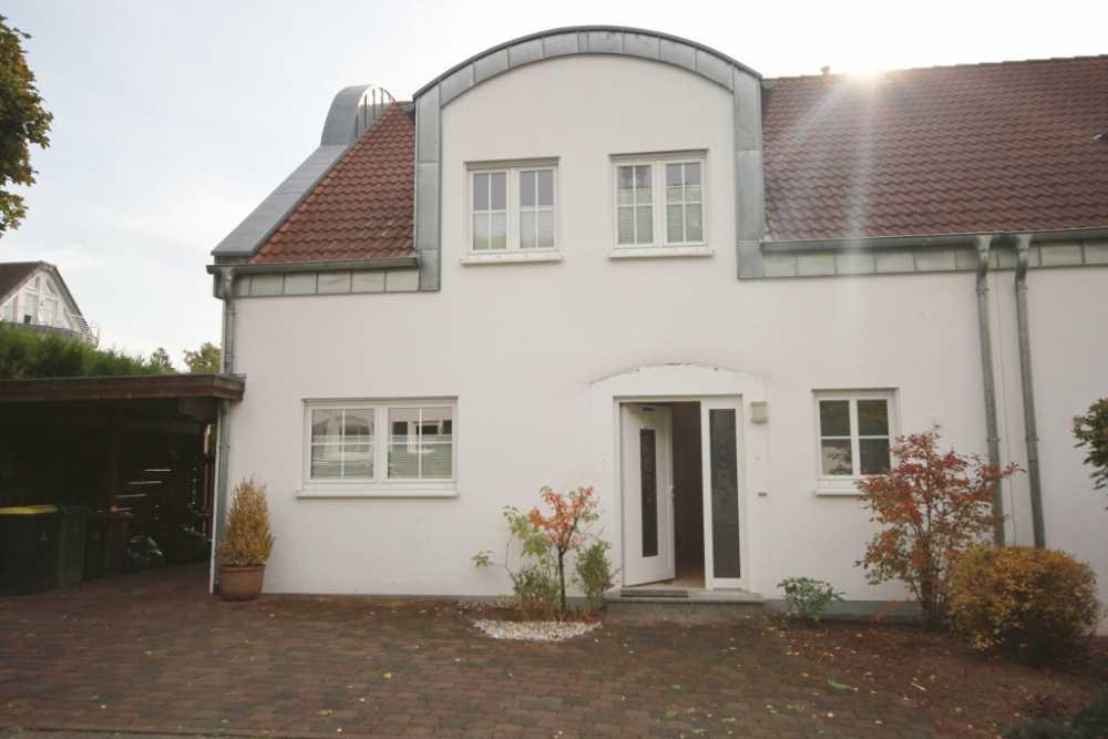 Verkauf Einer Doppelhaushälfte Mit Garten Und Carport In Siegburg Wolsdorf 